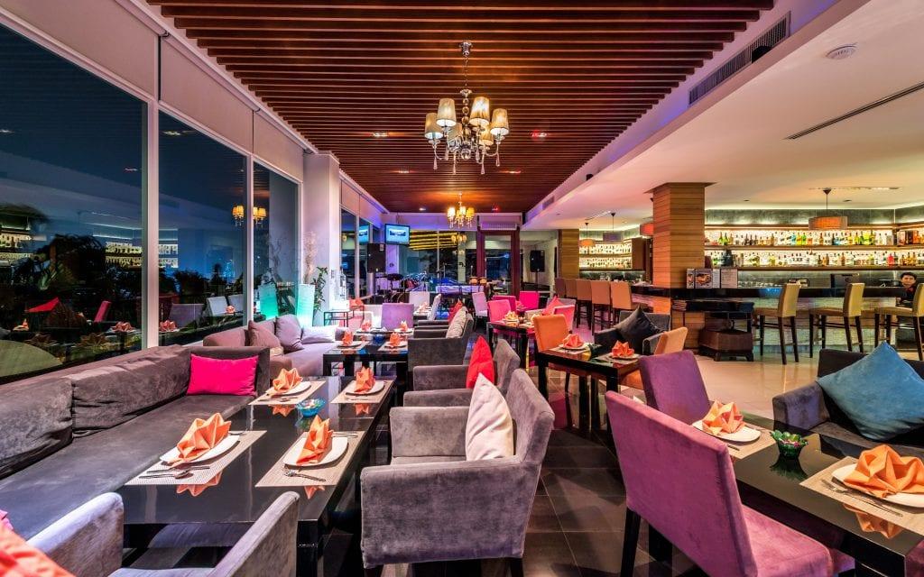 Wyndham Sea Pearl Phuket Alfa Club & Restaurant