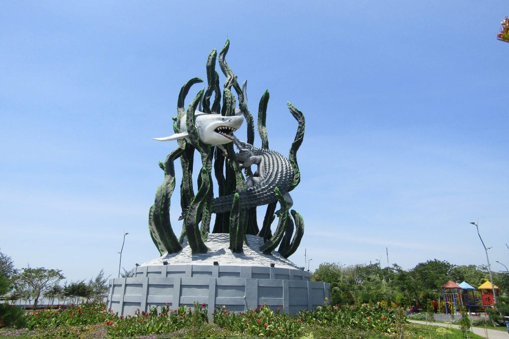 Suro and Boyo Statue, Surabaya
